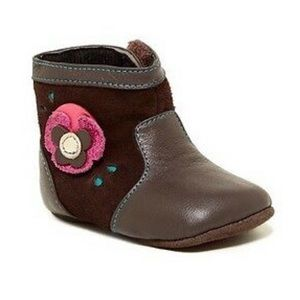 Smaller by See Kai Run Tenley boot with flower